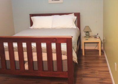 Rossland-Inn-1-bedroom-queen