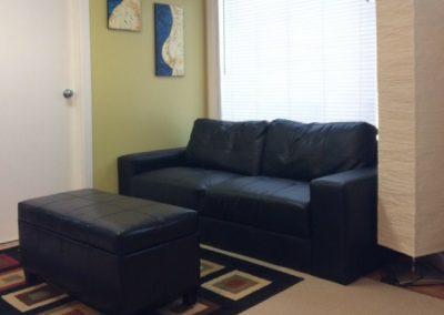 Rossland-Inn-Lounge-Sitting-Area