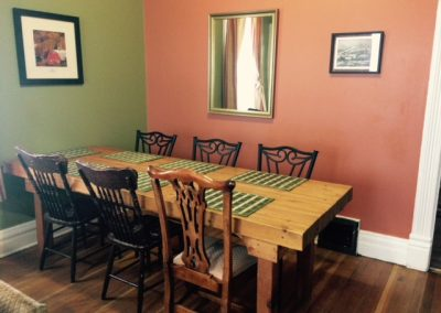 dining_table_rossland_inn